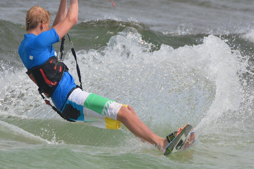 Pratiquer le kitesurf en toute sécurité, possible?