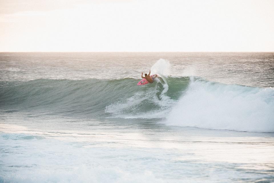 Comment vous améliorer en surf
